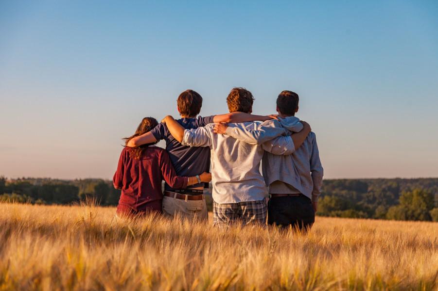 TOP 5 mobiliosios programėlės prasmingoms mokinių vasaros atostogoms